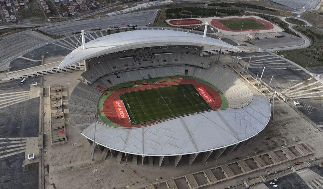 ataturk-olimpiyat-stadi-istanbul-06.jpg (126.05 Kb)