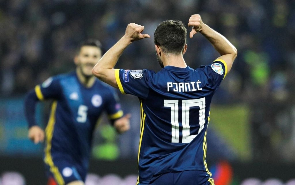 bosnia-football.jpg (93.85 Kb)