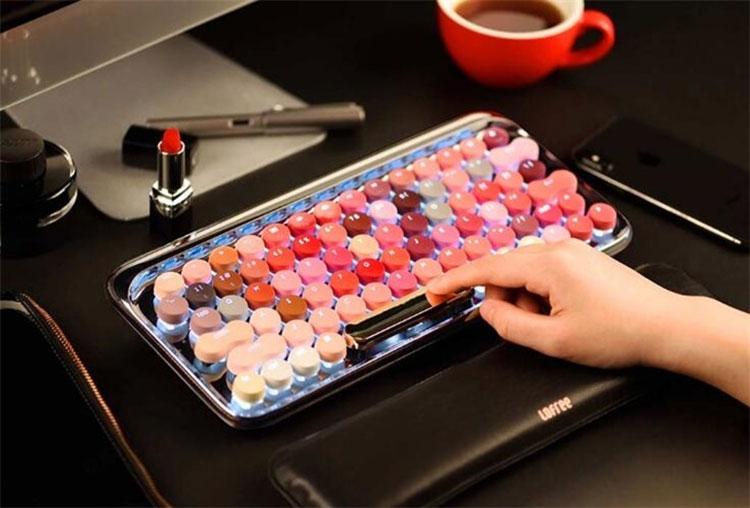 Xiaomi розробила оригінальну клавіатуру для жінок (ФОТО, ВІДЕО)