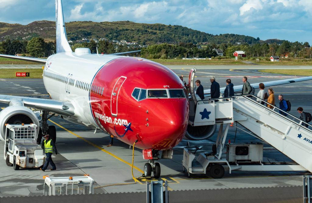 Відновити польоти. Коли авіакомпанії порадують пасажирів?