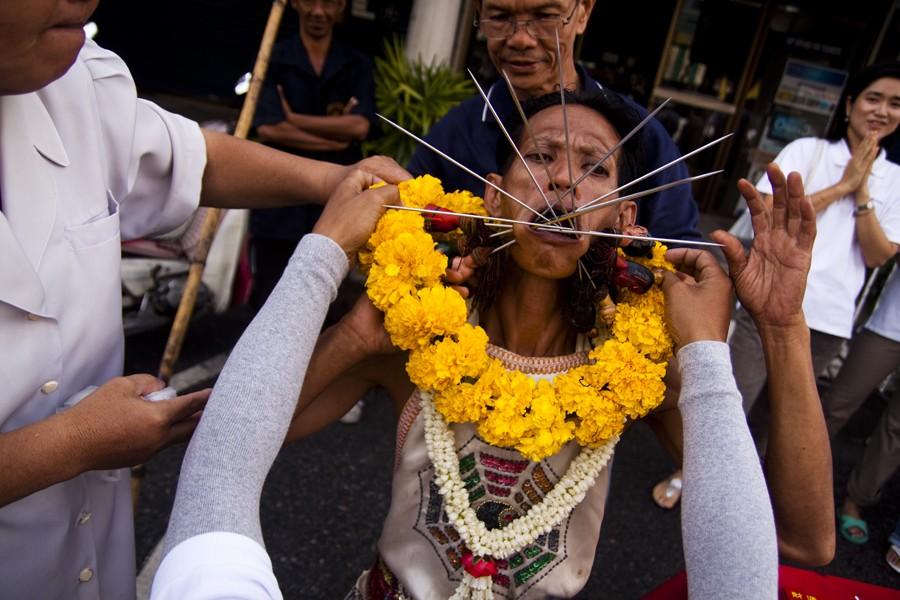 phuket-vegetarian-festival.jpg (139.95 Kb)
