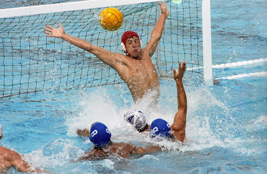 rian_archive_8772_hungary_vs_holland_water_polo_match.jpg (363.18 Kb)