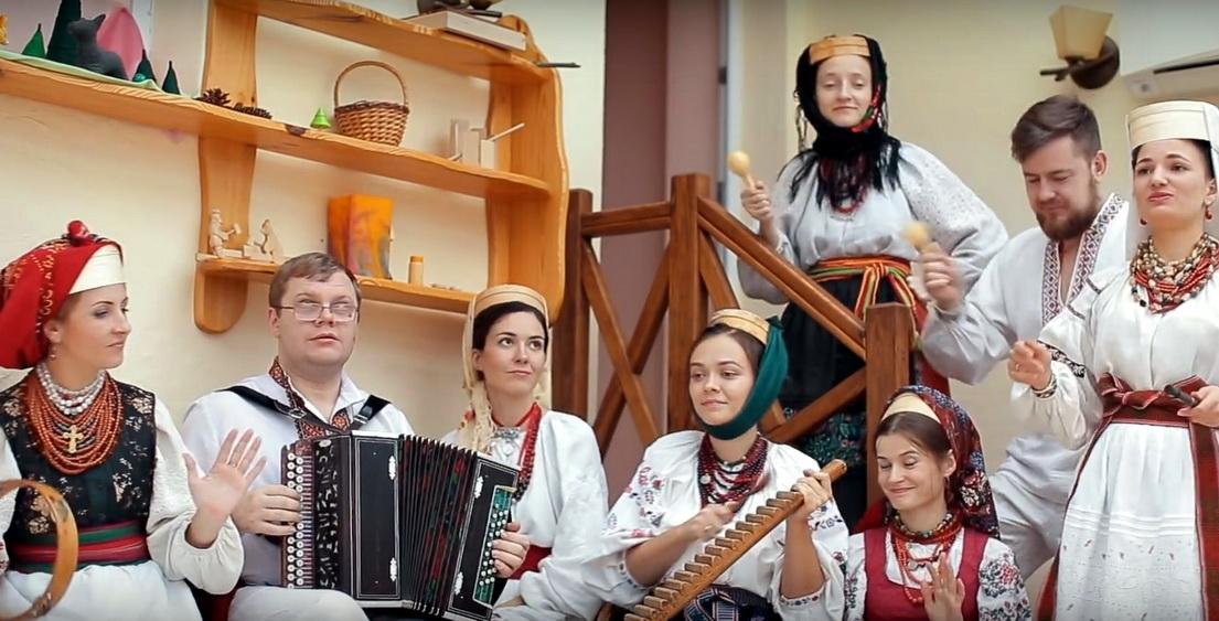 «Де ж те сито?»: українська фолк-версія «Despacito» веселить Інтернет (ВІДЕО)