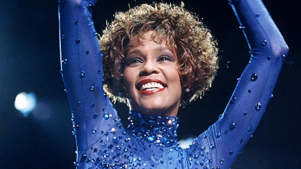 whitney-houston.jpg (89.59 Kb)